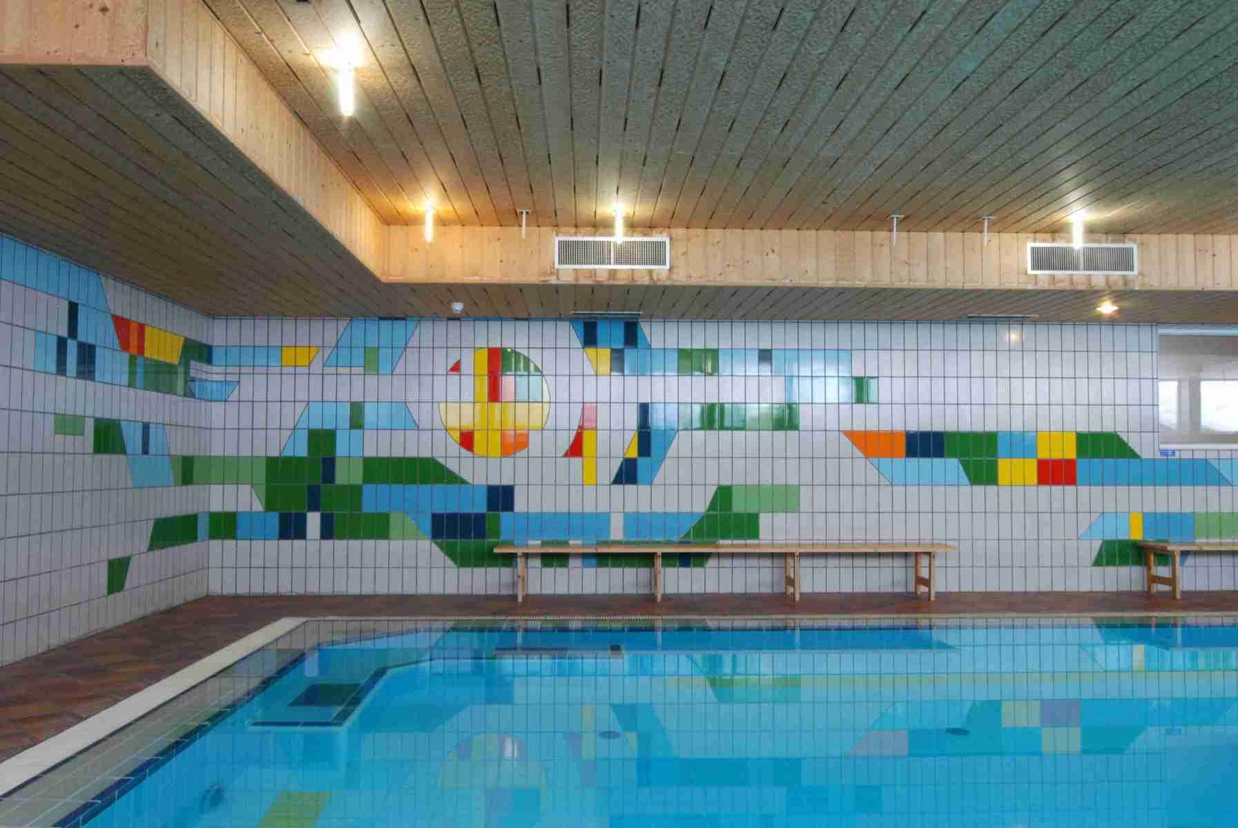 Sport-Hotel-Pampeago-piscina-riscaldata