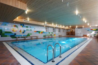 Hotel a Pampeago con piscina